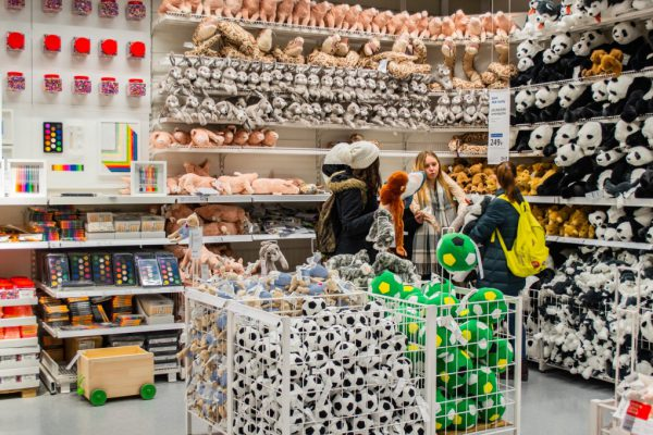 in-the-ikea-store-a-group-of-teenage-girls-in-the-toy-department-each-holds-a-huge-soft-toy-around-a_t20_AVWlY1